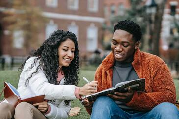 5 Examples of College Student Personas for Enrollment Marketing
