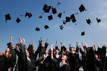 Tips For Conducting a Virtual Graduation